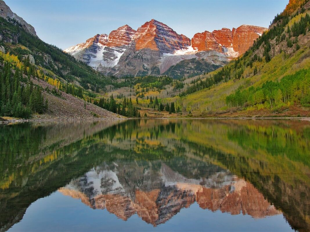 Image of Maroon Bells